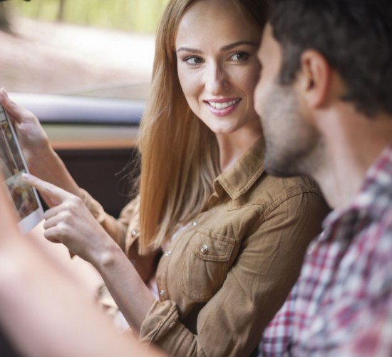 Couple in Car on Ipod